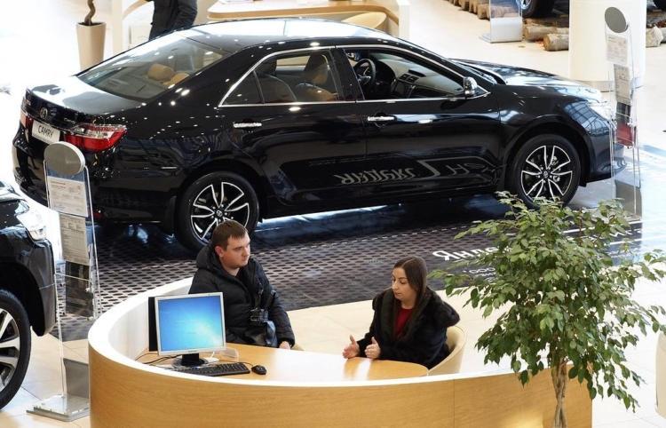 Доверенность на постановку и снятие с учета автомобиля в ГИБДД — образец и бланк доверенности на право оформление регистрации транспортного средства